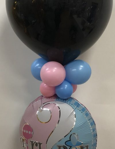 Gender Reveal balloon with mylar